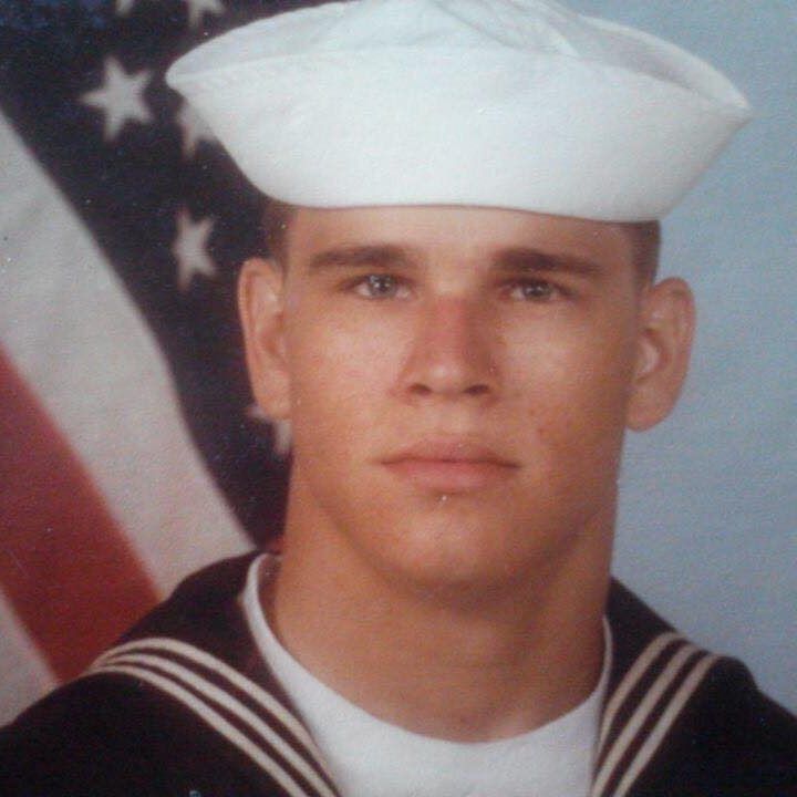 Noah Schrayer's father in the Navy